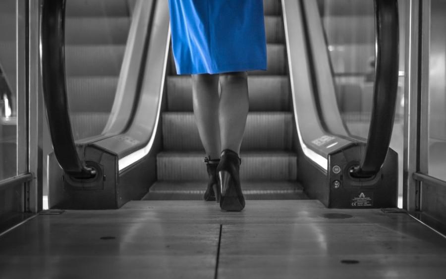 getting-on-the-escalator-free-license-cc0-1024x641